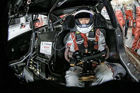 Audi_DTM_cockpit.jpg