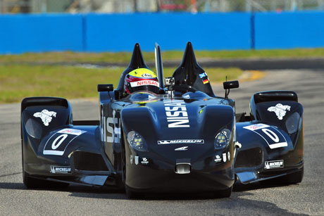 Deltawing_front2_blog.jpg