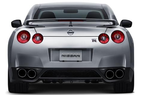 GT-R_07_rear.jpg