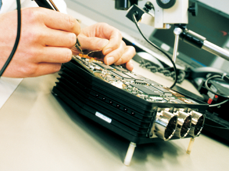 MTC-McLaren-Electronics2.jpg