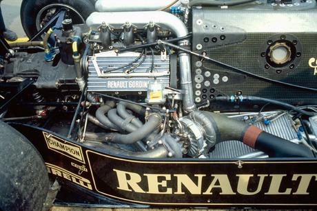 Renault_1983.jpg