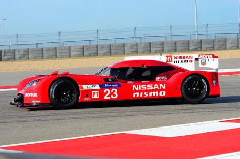 Nissan GT-R LM NISMO pre-season testing 11.jpg
