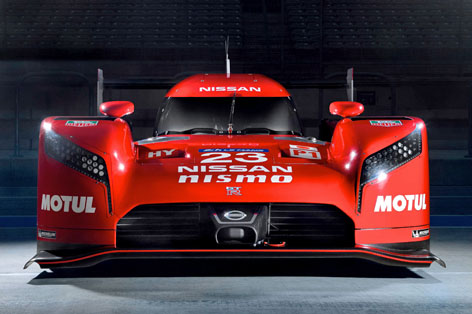 Nissan GT-R LM NISMO static front.jpg