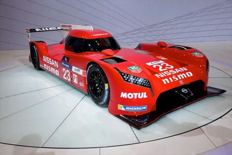 Nissan_GT-R_LM_Nismo_Chicago.jpg