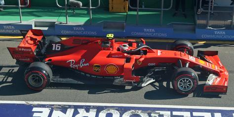 02_Ferrari.jpg